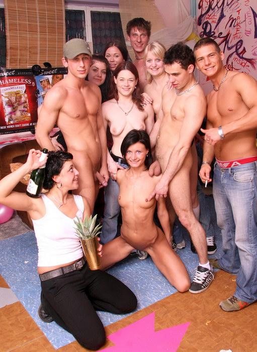 Лесу девственности порно фото
