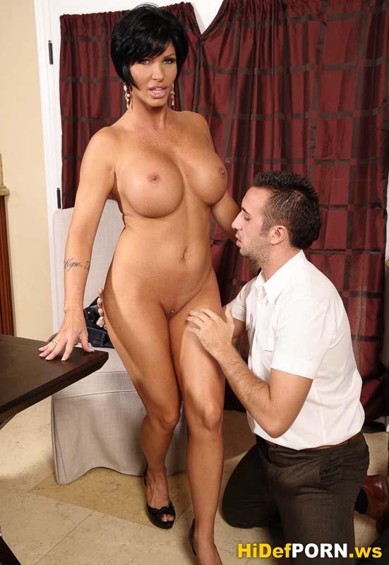 Сисястая мама с дочкой порно 4 фотография