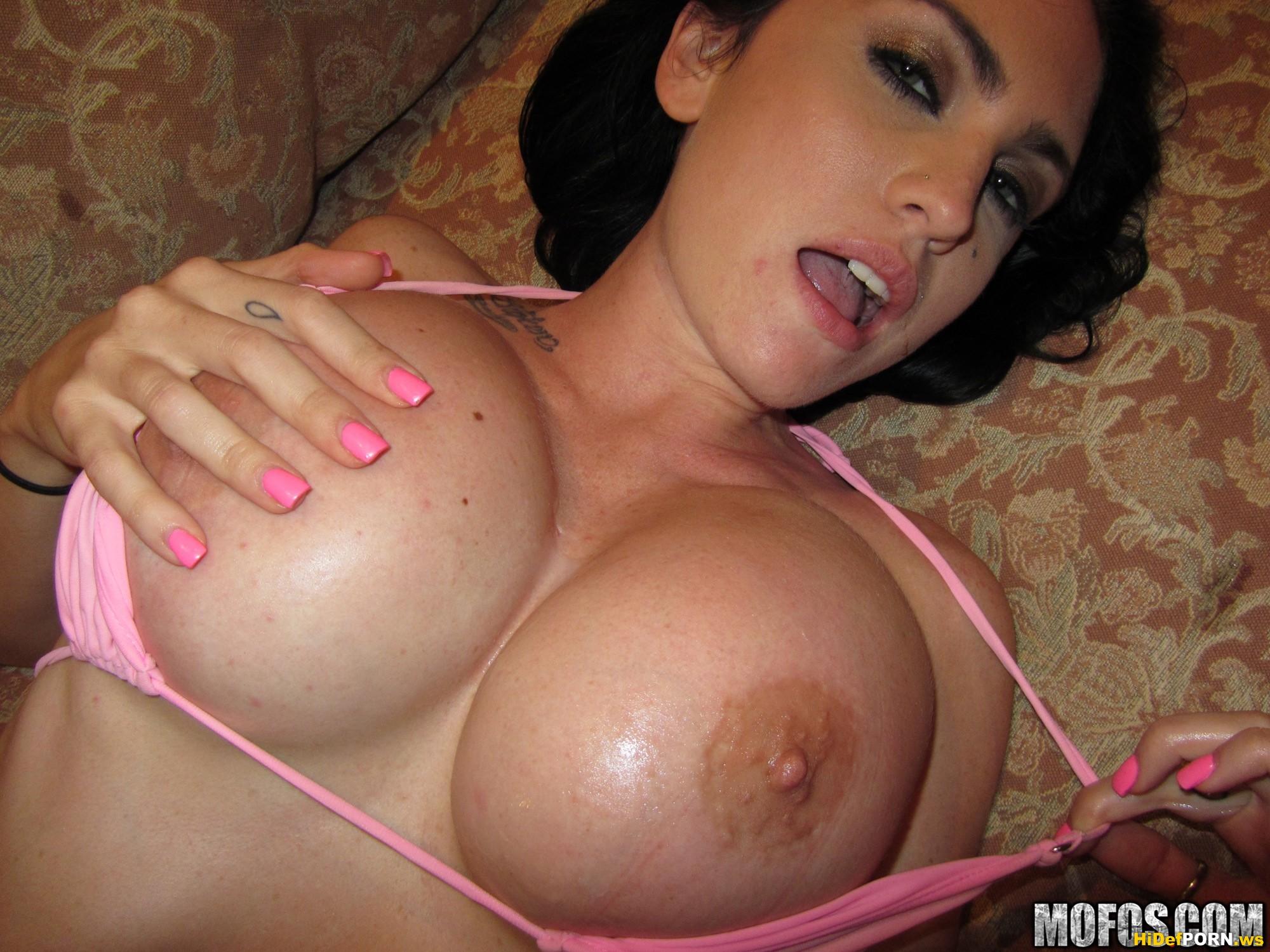 Порно актриса эммануэль лондон смотреть онлайн фото 425-966