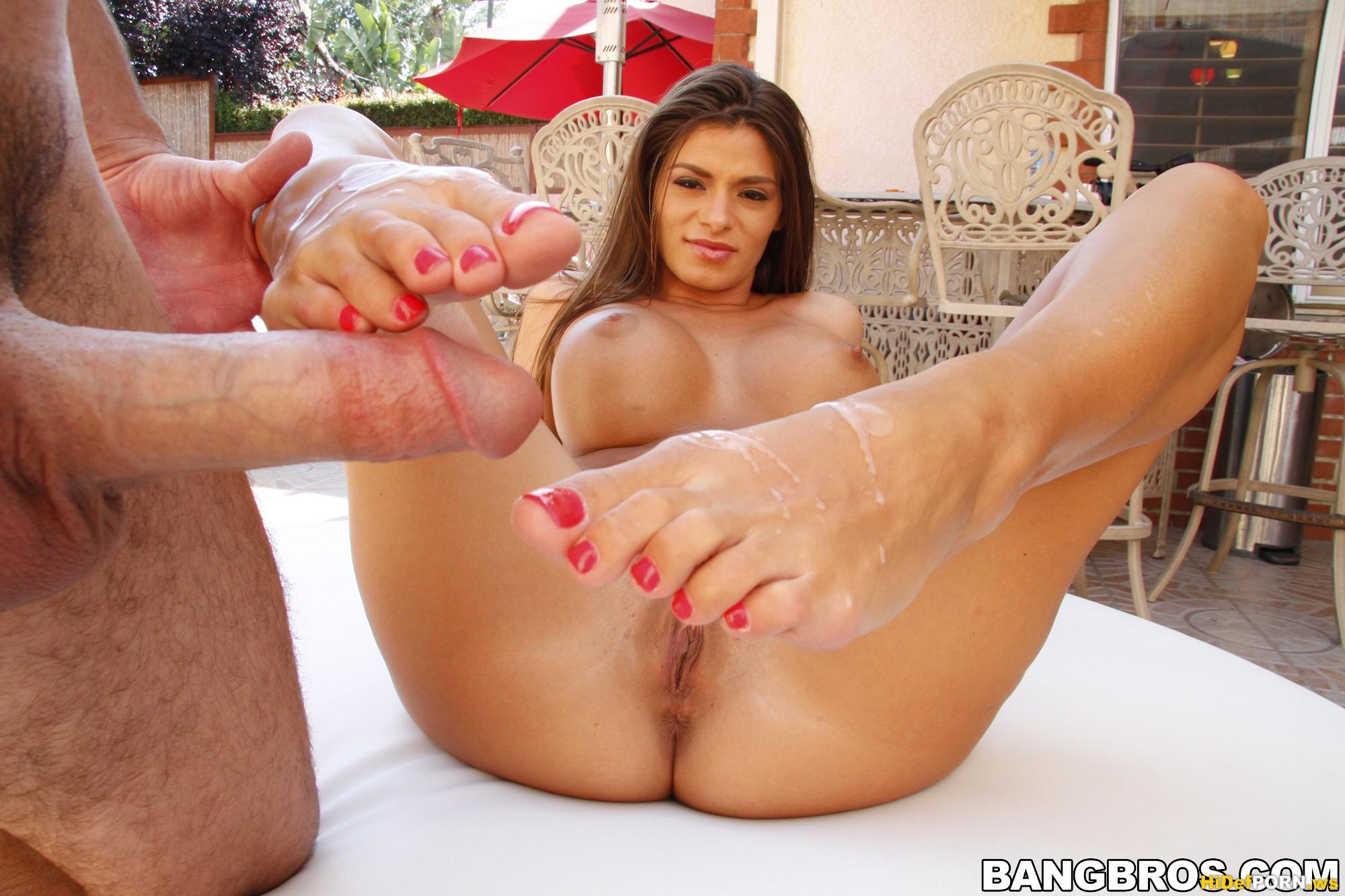 Milf feet hardcore