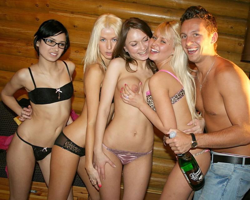 Студенты отдыхают порно hd 15 фотография
