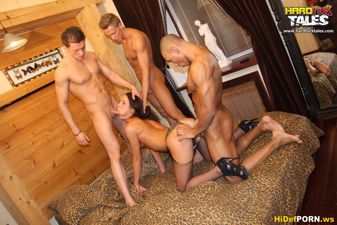 http://hidefporn.ws/uploads/posts/2012-07/1342009436_5natalie.jpg