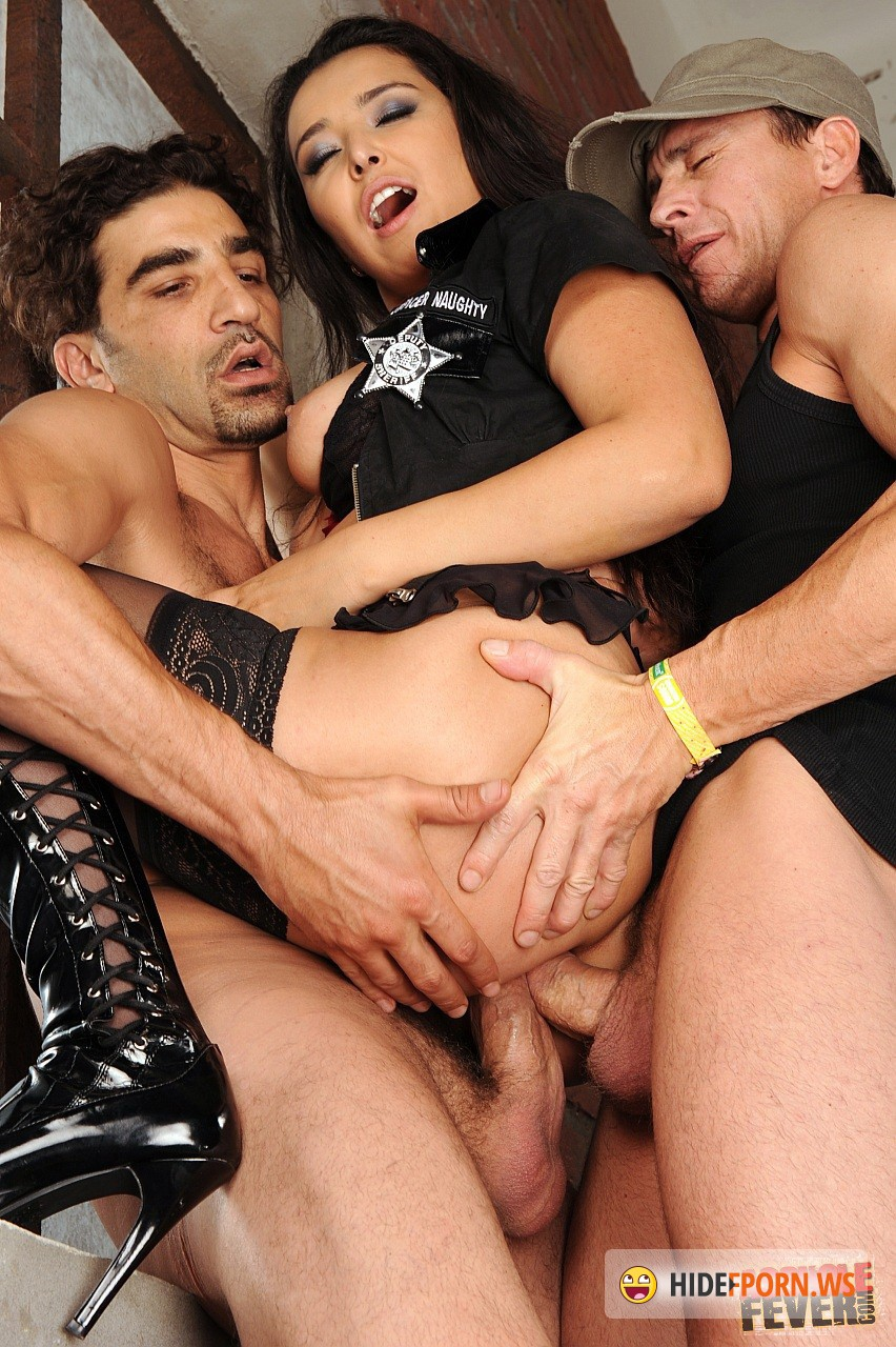 Секс полицейской порно онлайн 3 фотография