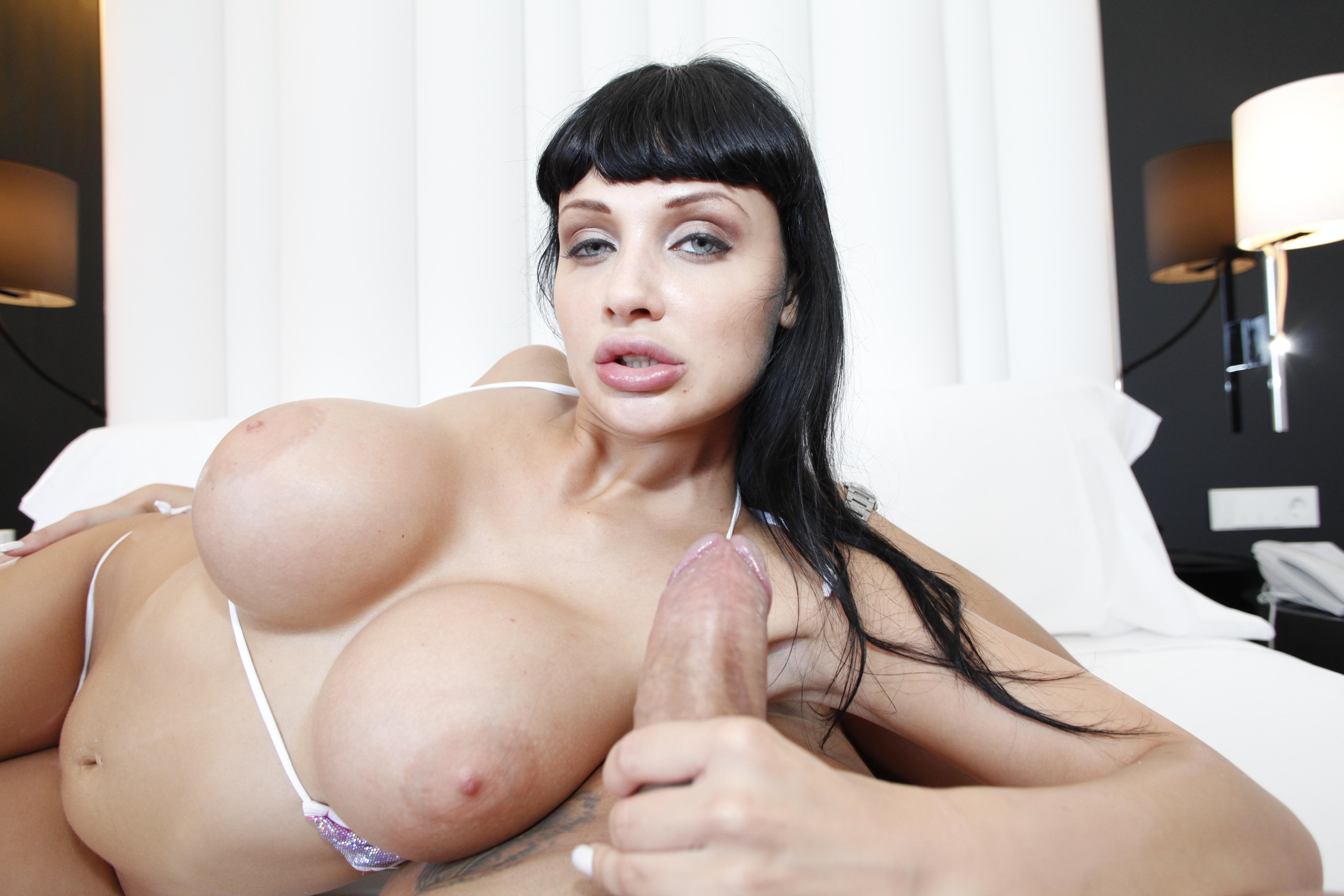 Смотреть онлайн порно с алеттой океан 18 фотография