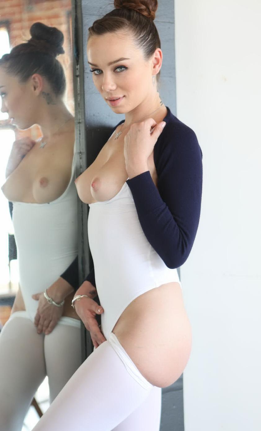 Секс порно балерины онлайн в хорошем качестве 18 фотография