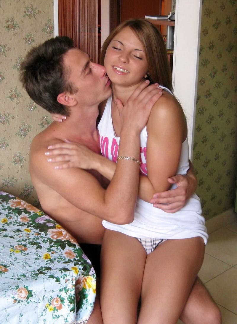 секс пока родителей дома нет фото