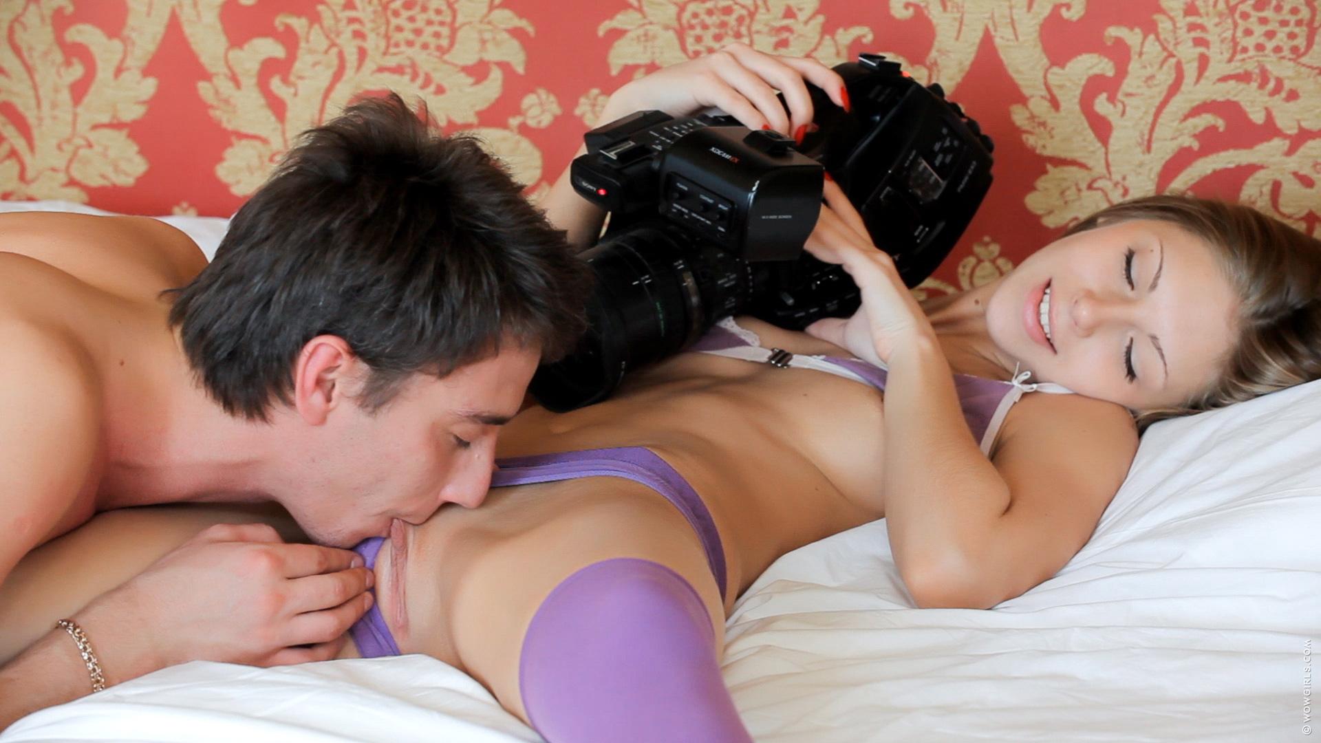 Секс маньяк в руках нимфоманочки 21 фотография
