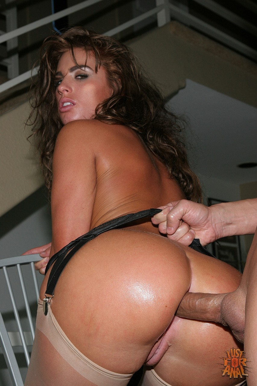 Cock makes naomi russel fuck want hairy pussy