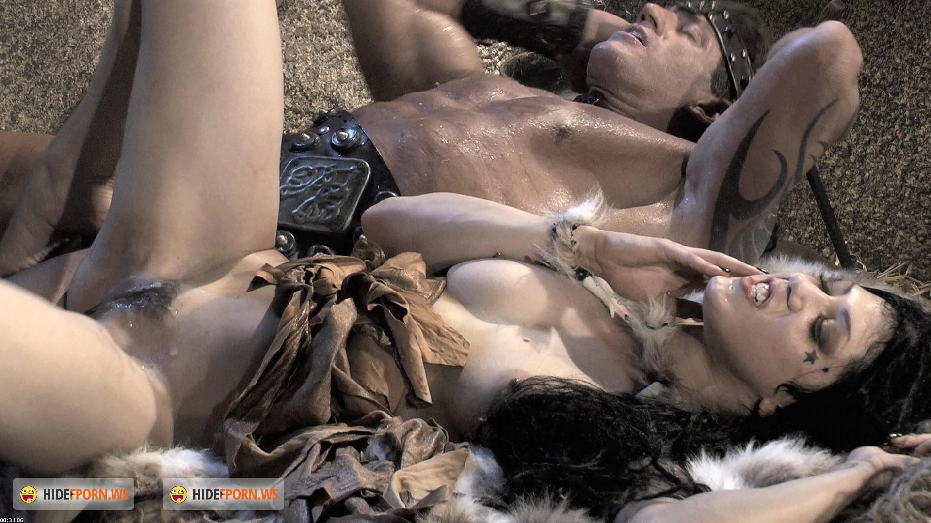 half naked women barbarians