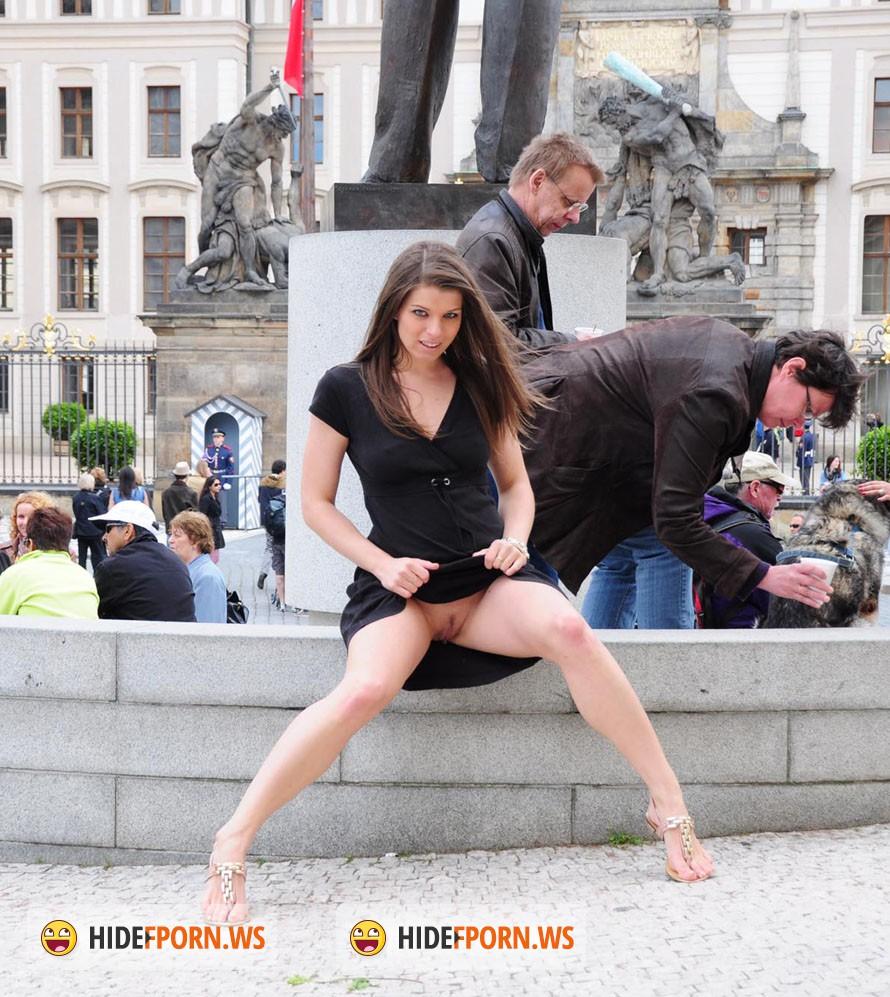 Смотреть онлайн онанизм в общественных местах 24 фотография