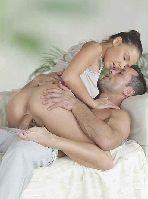 porno-russkih-v-mayke