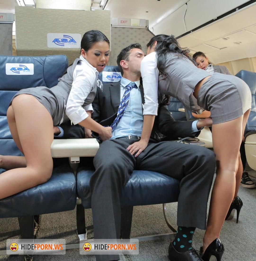 Трахают русских стюардесс 11 фотография