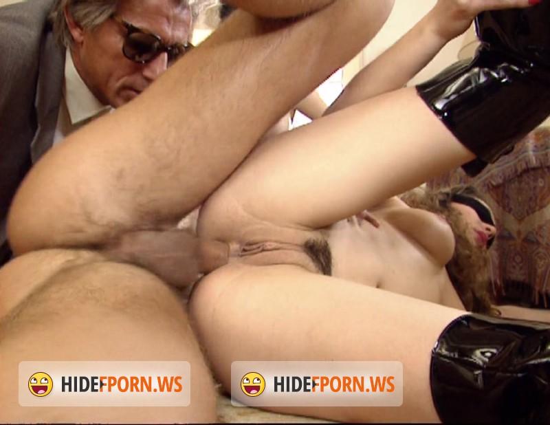 porno-roliki-laura-sinkler