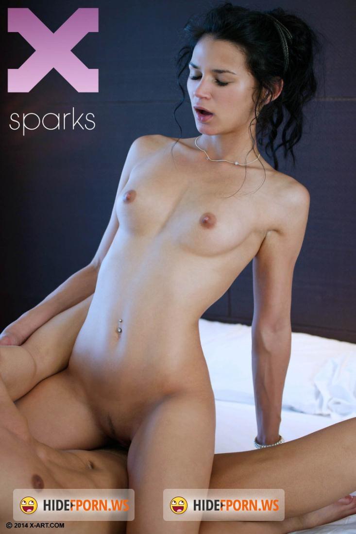 Спаркс порно актриса 6 фотография