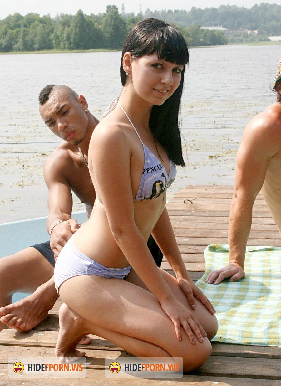 HardFuckGirls.com - Kveta - Outdoor Hardcore Fucking On The Pier [HD 720p]