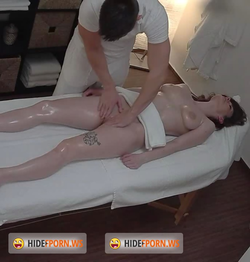 Онлайн скрытая камера массаж