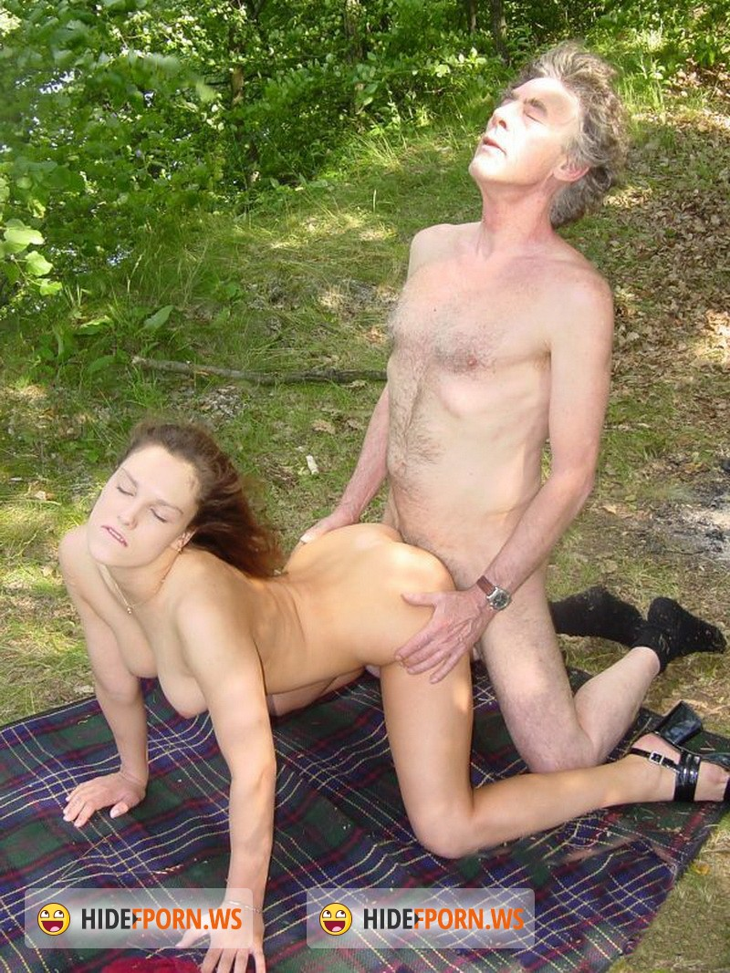 stariki-na-prirode-seks
