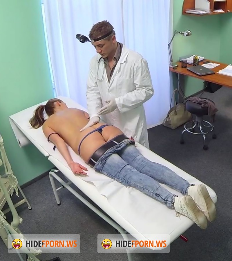 Fakehospital doctor prescribes his cock to help relieve pain 9