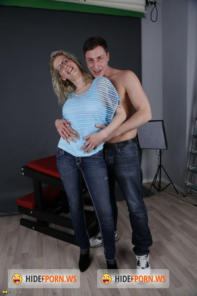 Mature.nl - Jana (EU) (35) - Mat-Ros Episode 5 [HD 720p]