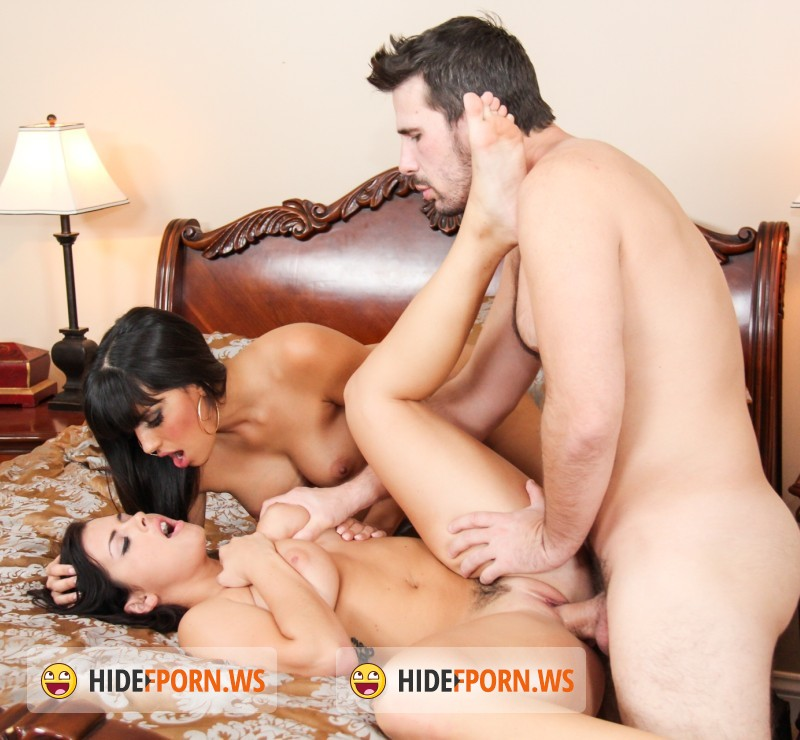 RealityJunkies.com - Keisha Grey, Mercedes Carrera, Manuel Ferrara - Couples Seeking Teens 17, Scene 4 [HD]