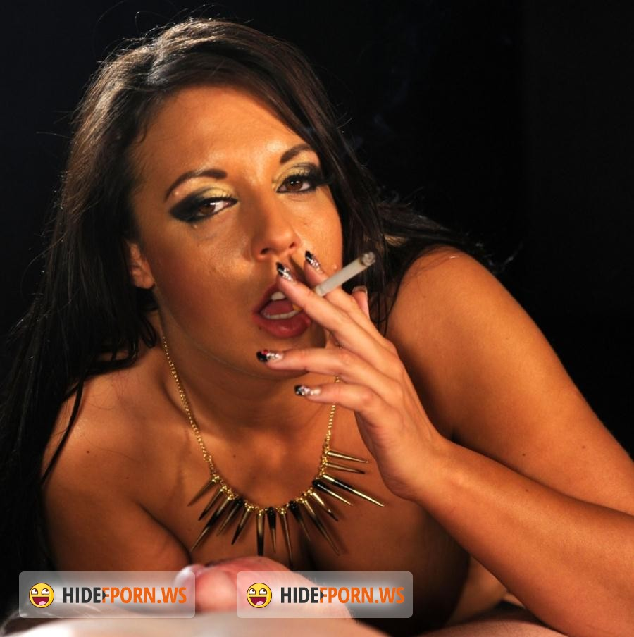 SmokeyMouths.com/HardGlam.com: Lucy Divine - Hi Lucy Divine Smoking and sucking [FullHD]