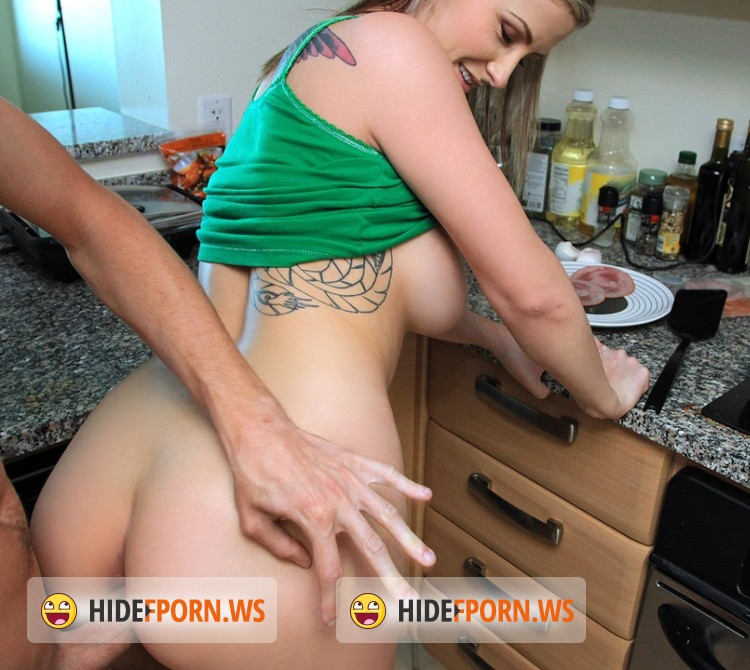 MofosBSides.com/Mofos.com - Brittney Bell - Blonde Babe Fucks Over Breakfast [FullHD]