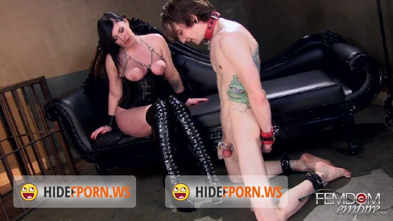 FemdomEmpire.com - Andy San Dimas - Lick My Boot Filth [HD 720p]