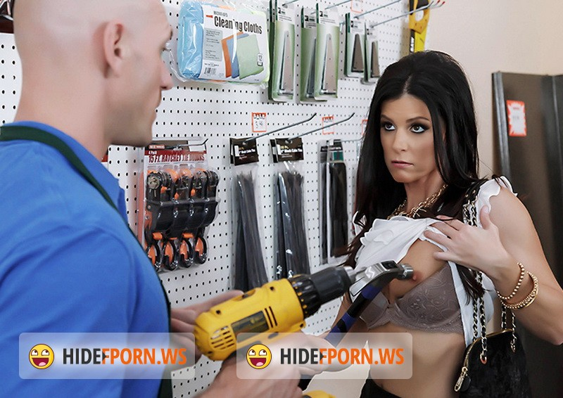 MilfsLikeitBig.com/BraZZers.com - India Summer - Free Screw at Hardware Store [HD 720p]