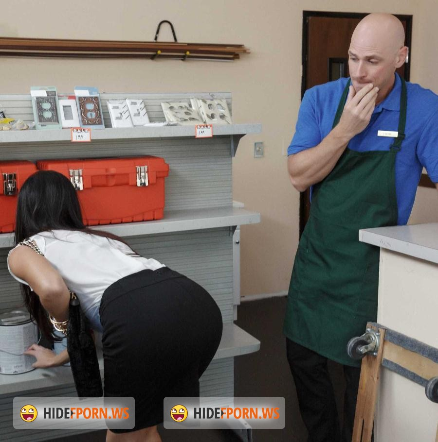 MilfsLikeitBig.com/BraZZers.com: India Summer - Free Screw at Hardware Store [SD]