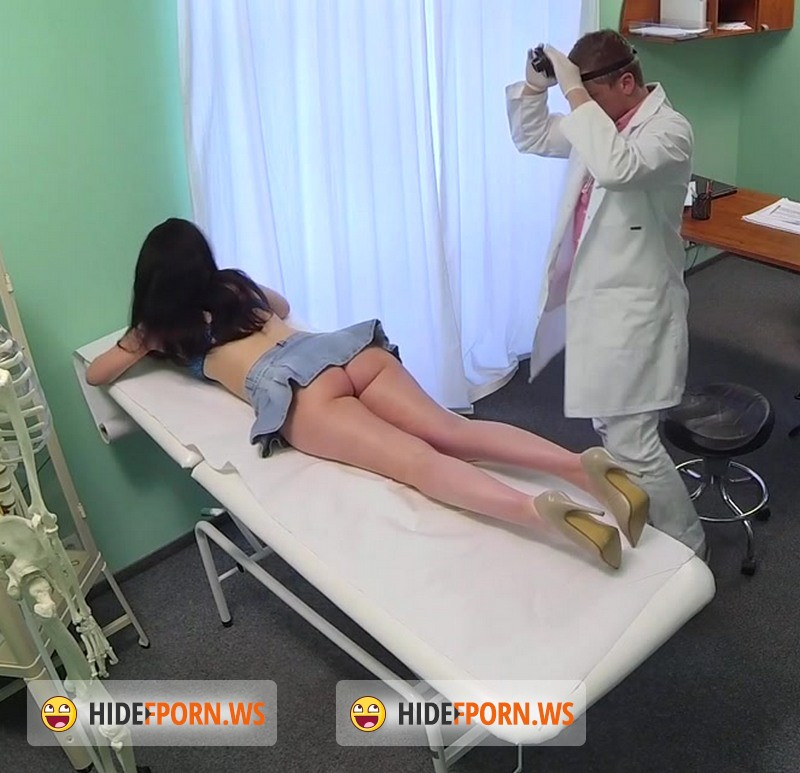 FakeHospital.com: Vanessa Shine - Doctor prescribes his cock to help relieve sexy patients back pain [HD]
