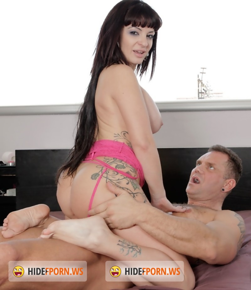 ReadyOrNotHereICum.com/CumLouder.com - Amanda X, Nacho Vidal - Open up your ass and close your mouth [SD]