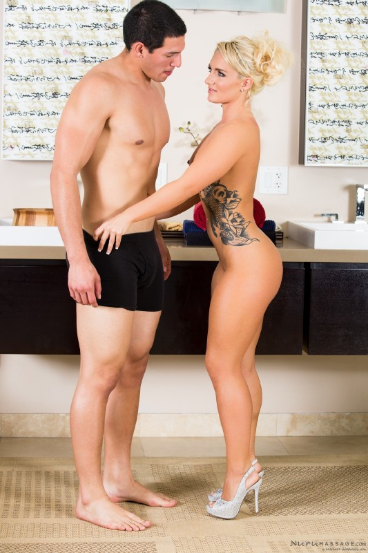 NuruMassage.com/FantasyMassage.com - Cali Carter, Tony Martinez - Slippery Sex [FullHD]