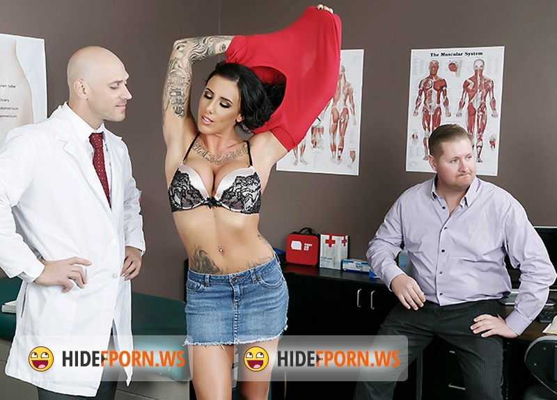DoctorAdventures.com/BraZZers.com - Austin Lynn - Creepy Doc Gives Her The Cock [HD 720p]
