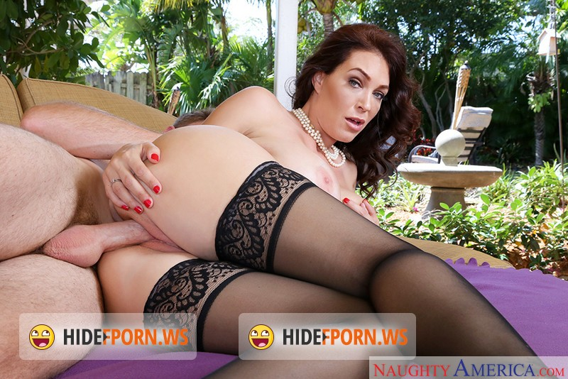 MyFriendsHotMom.com/NaughtyAmerica.com - Charlee Chase - My Friends Hot Mom [ULtraHD]