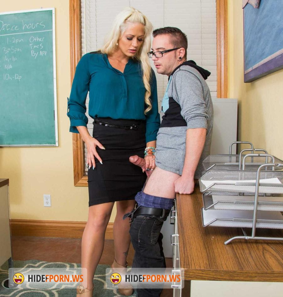 MyFirstSexTeacher.com/NaughtyAmerica.com: Holly Heart - My First Sex Teacher [SD 480p]