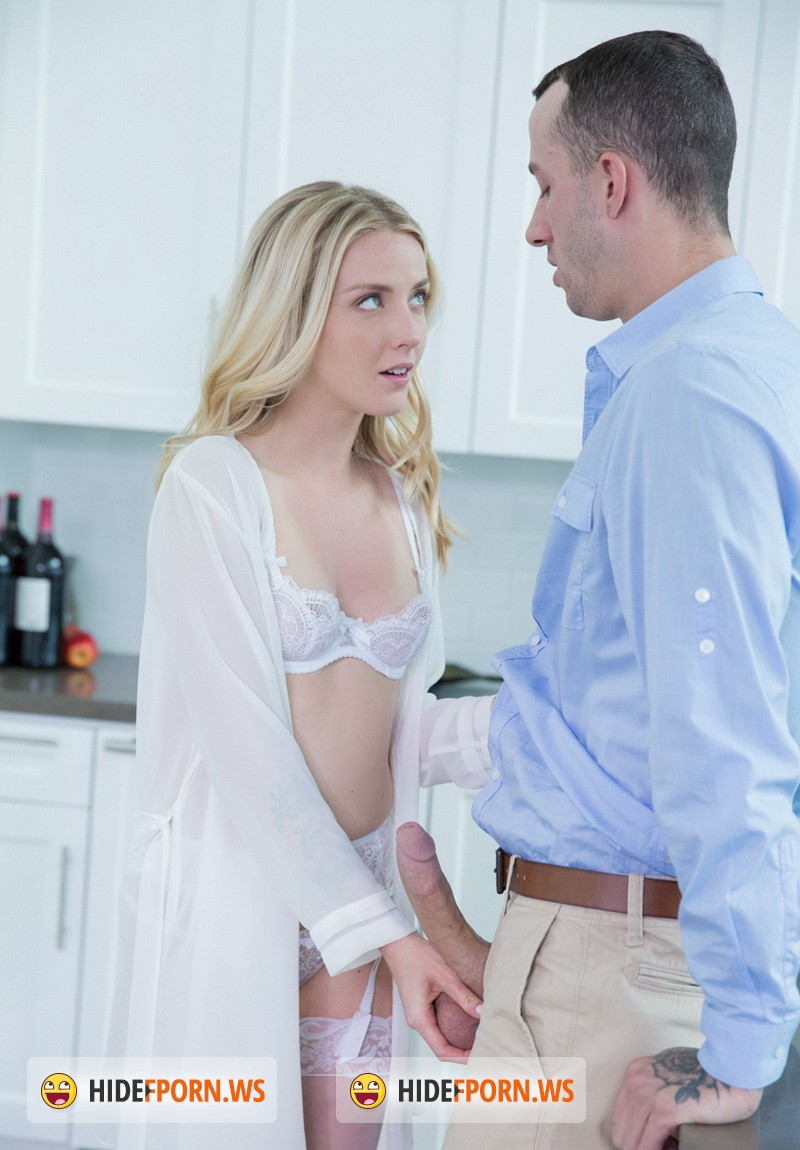 Tushy.com - Karla Kush - Bosses Wife gets Anal from the Office Assistant [HD 720p]