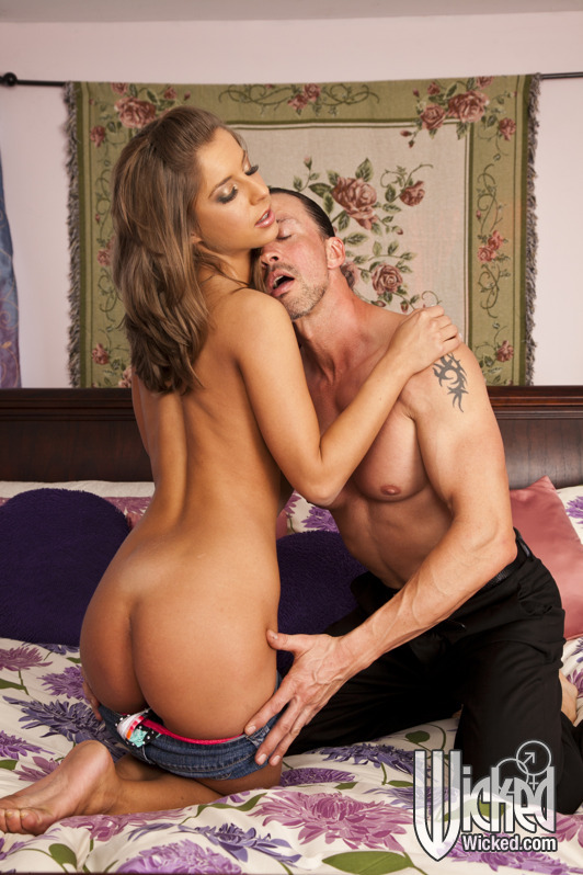 Wickedpictures.com - Presley Hart - Daddy Did The Babysitter, Scene 6 [FullHD 1080p]