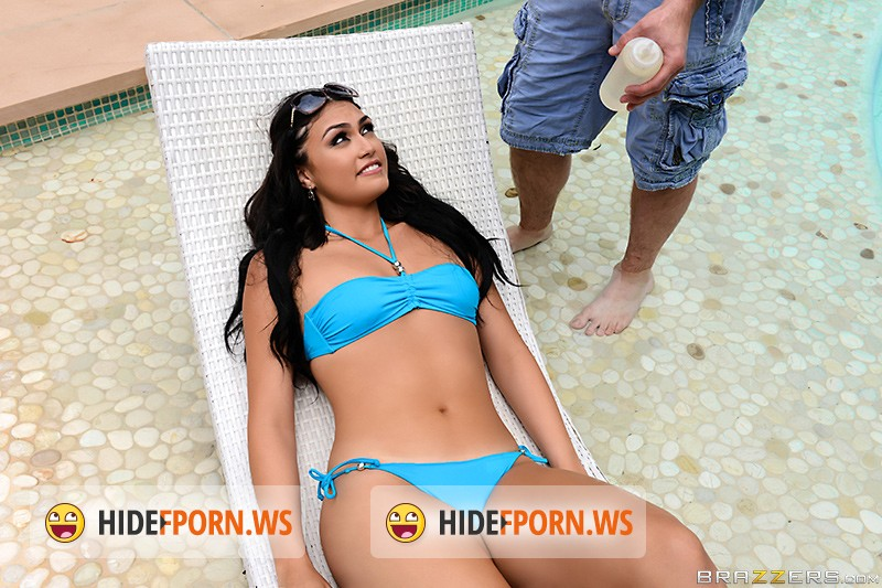 TeensLikeItBig.com/BraZZers.com - Kylie Sinner - Sunbathing Stepsister Wants Anal [SD]