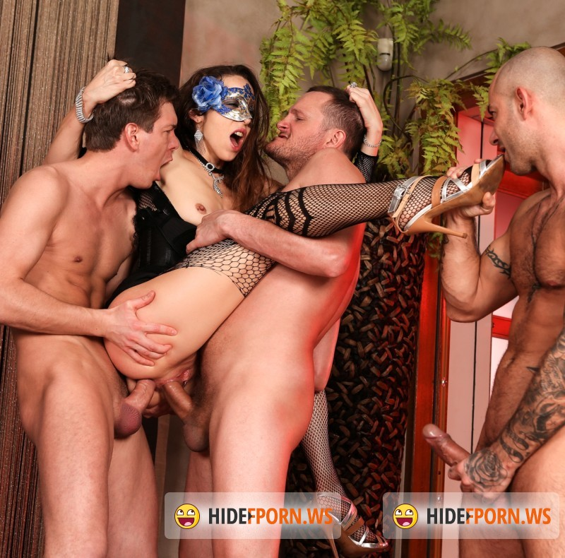 RoccoSiffredi.com - Norma Jane, Yanick Shaft, Mike Angelo, Markus Dupree - Roccos Perfect Slaves 8, Scene 1 [HD]