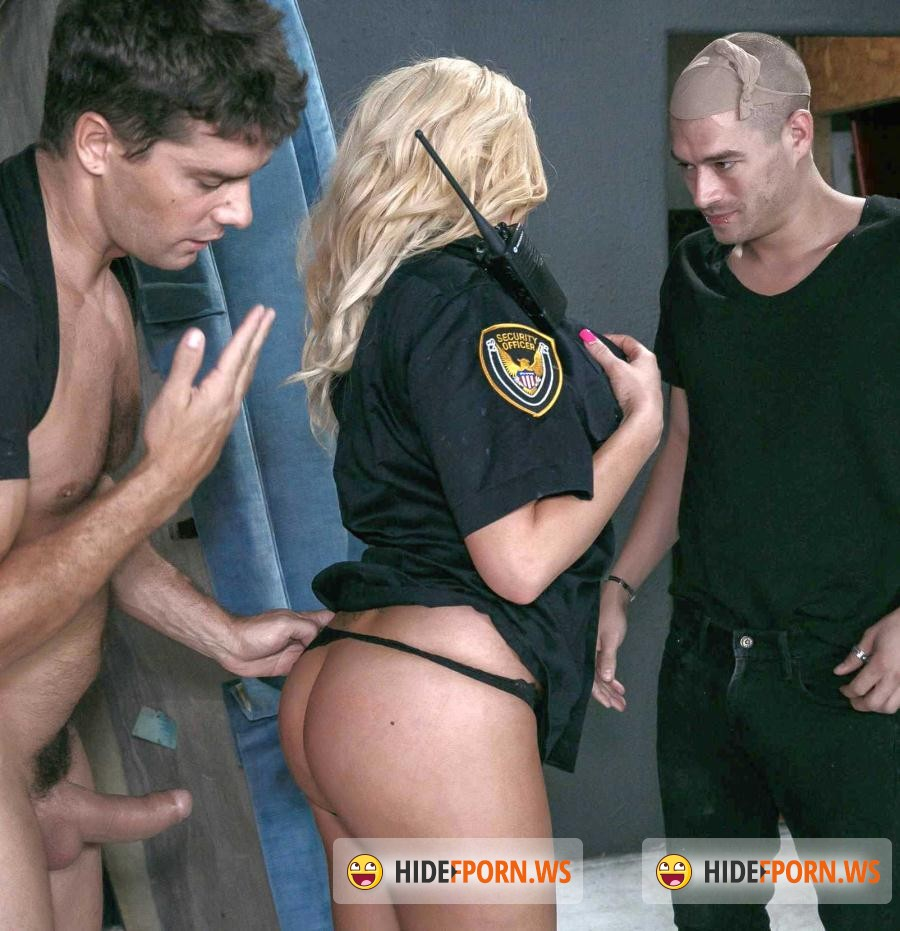 Exxtra: Summer Brielle - Cocks For The Copper (Double Penetration / Big Tits) [SD 480p]
