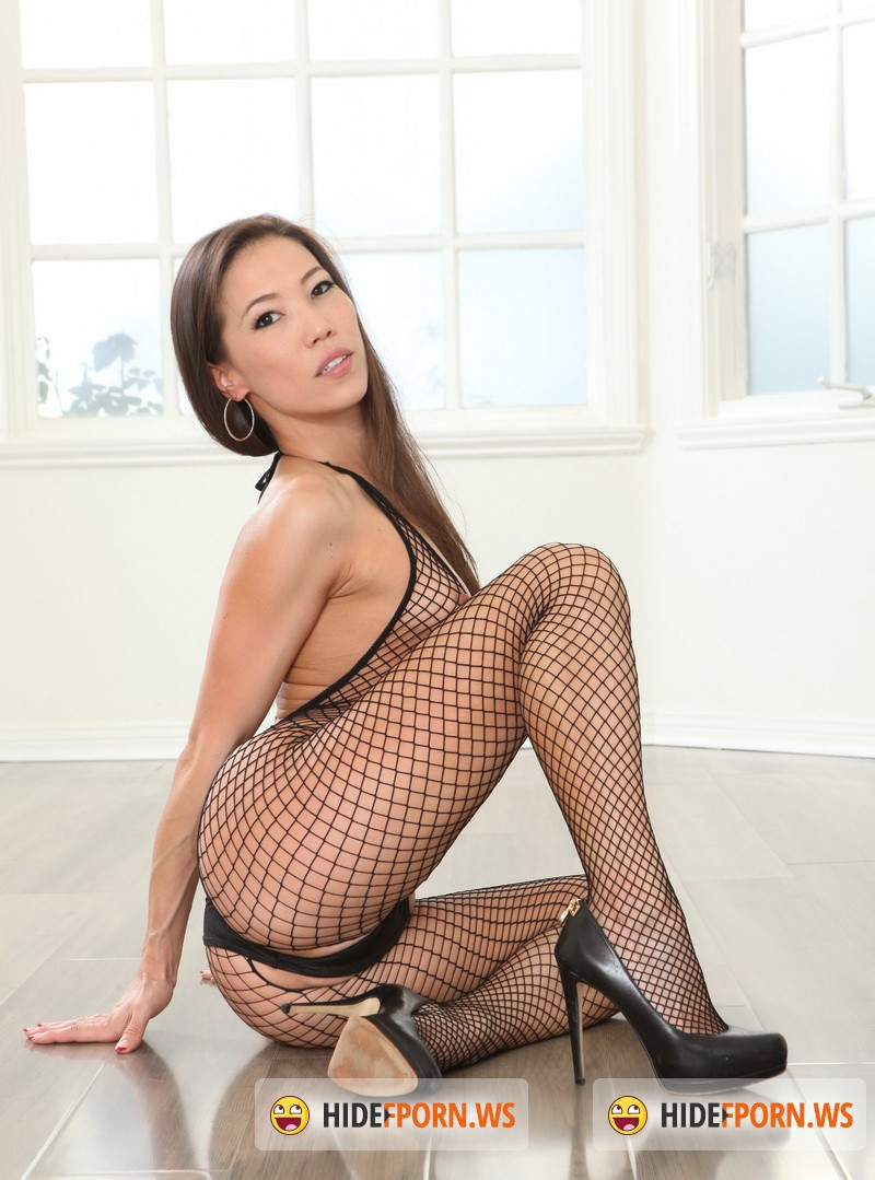 Ztod.com/Thirdmovies.com - Kalina Ryu - Looking Delicious In Fishnet [FullHD 1080p]
