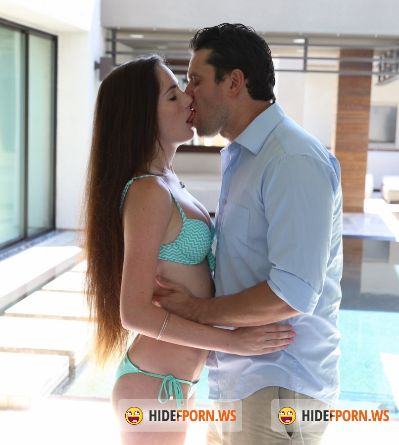 Passion-hd - Bella Skye - A Dip In The Pool [FullHD]