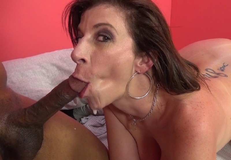 ImmoralLive.com/MyXXXPass.com - Sara Jay - The Queen Bee Of Hardcore Sex Guzzels On Dark Meat [HD 720p]