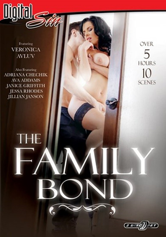The Family Bond [2015/WEBRip 400p]