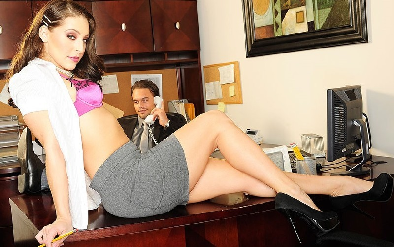 WickedPictures.com - Gracie Glam - Young At Heart, Scene 2 [FullHD 1080p]