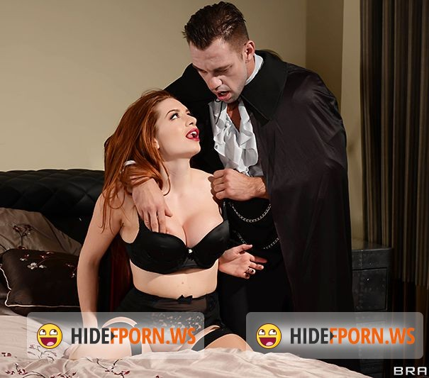RealWifeStories.com/Brazzers.com - Veronica Vain - Fucking With A Vampire [FullHD]