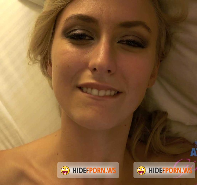 Amateur girlfriend Natalie Vegas fucking hardcore with a creampie № 554559  скачать