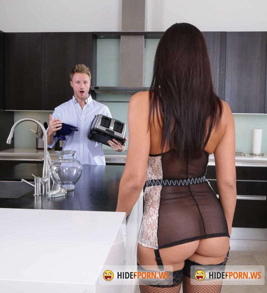 Wife captured bondage