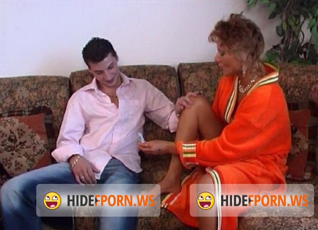 Incest-portal.biz/Cruelnetwork.com - Vera - Horny Son Finds Right Way To His Mothers Pussy [SD 480p]
