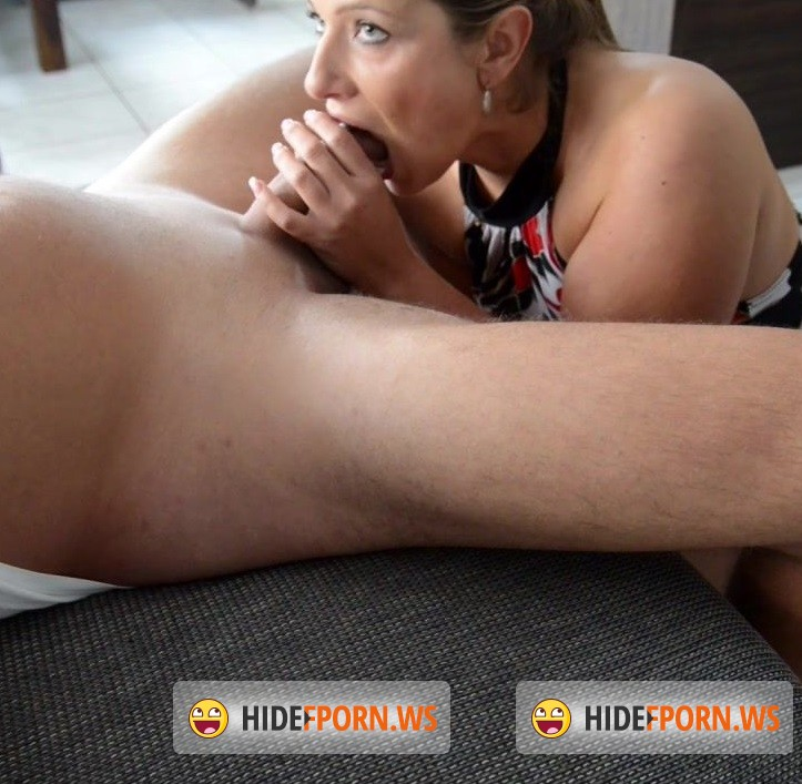 Jess-Legs.net - Jess - Closeup Blowjob [HD 720p]